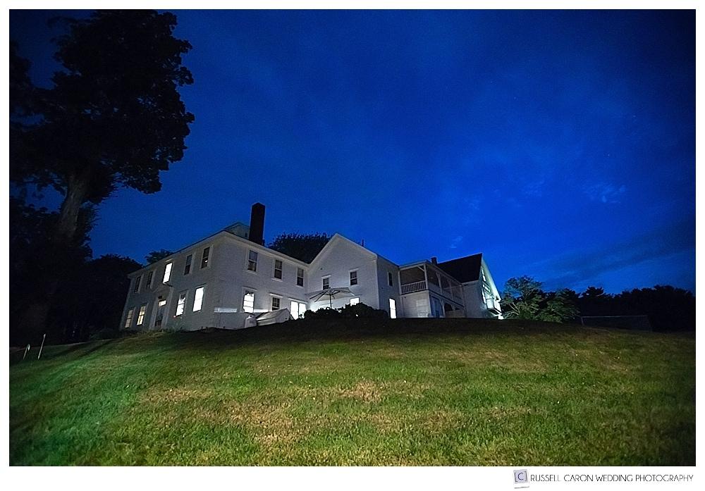 1774 Inn in Phippsburg Maine at dusk