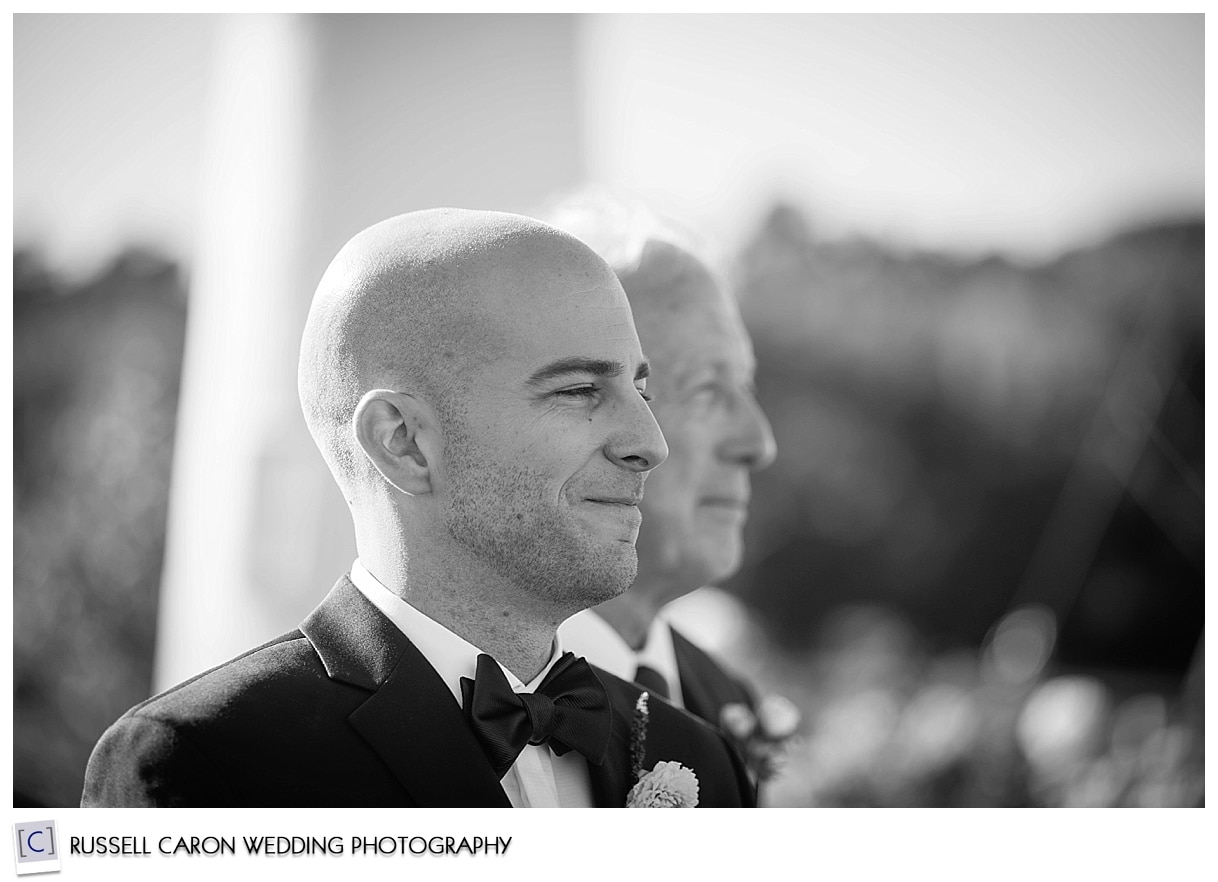 groom-waiting-for-his-bride