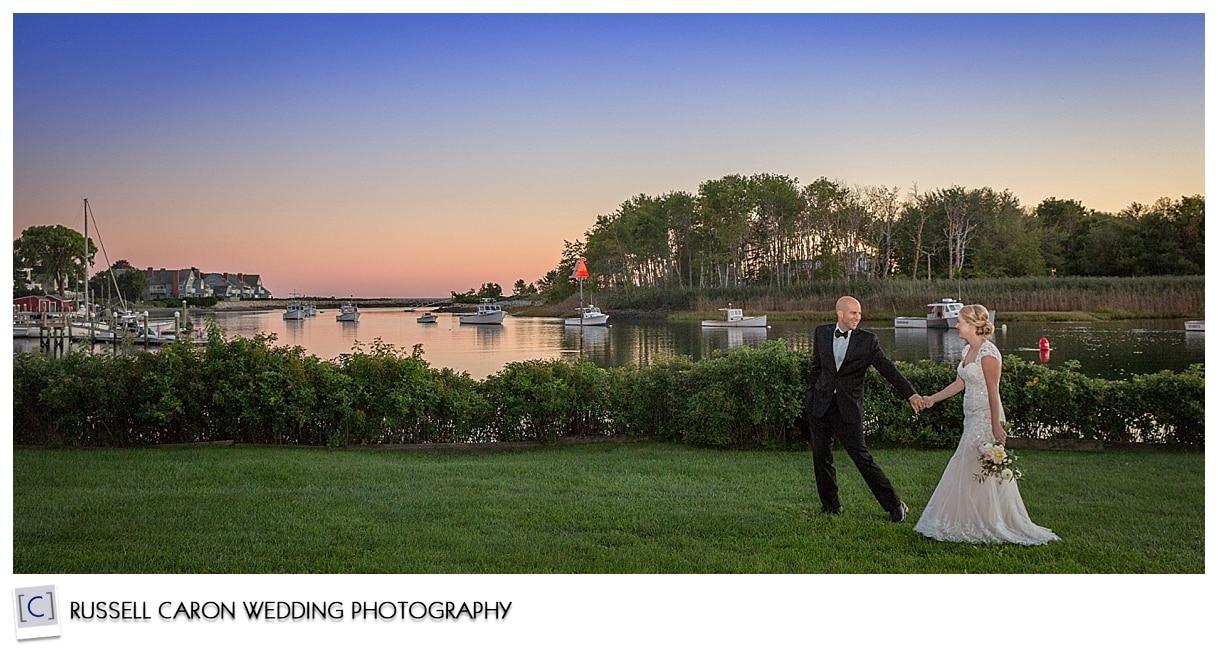 sunset-wedding-photos-at-nonantum-resort-kennebunkport-maine