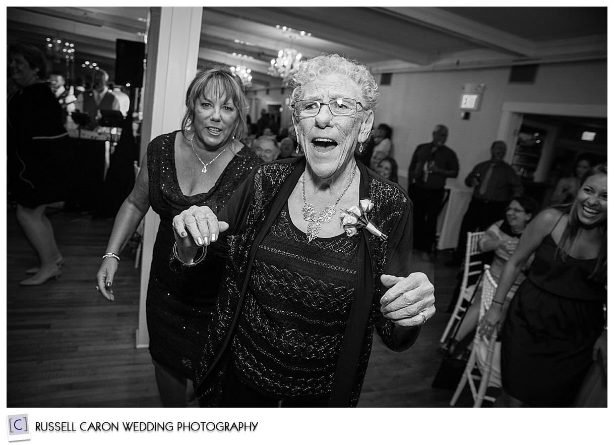wedding-reception-dancing-at-the-ballroom-nonantum-kennebunkport
