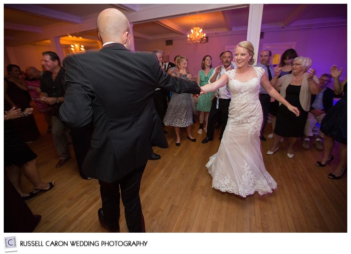 bride-and-groom-dancing-duringwedding-reception