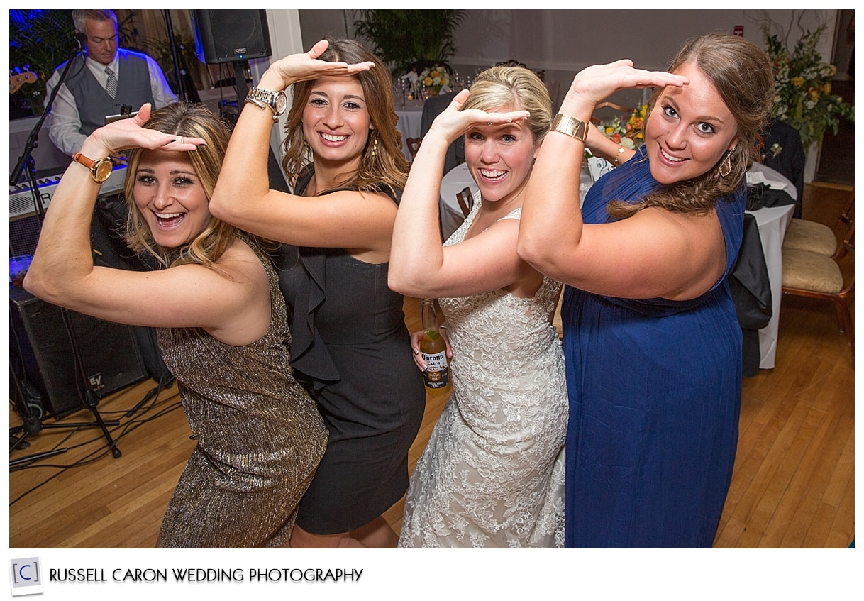 bride-and-friends-strike-a-pose