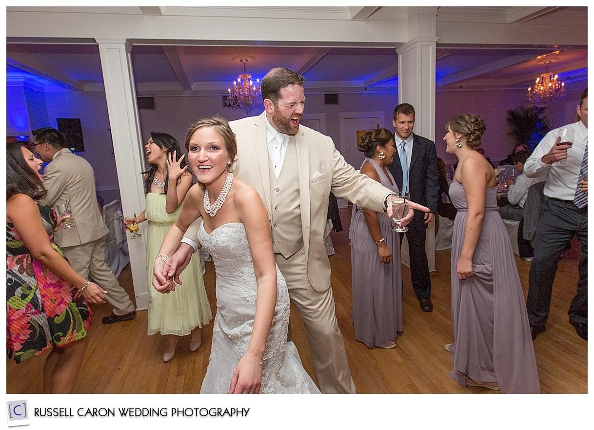 dancing-at-the-nonantum-resort-wedding