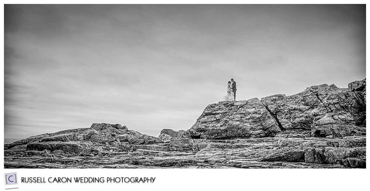 Bride and groom on cliffs in Ogunquit Maine
