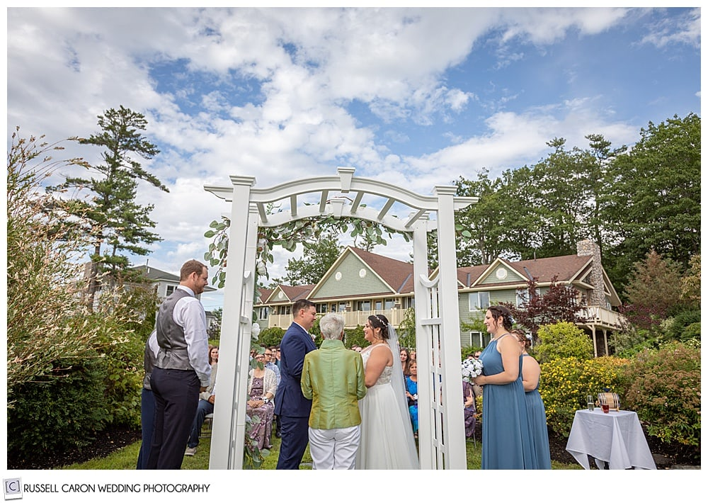 outdoor wedding ceremony at Sheepscot Harbour Village Resort in Edgecomb, Maine