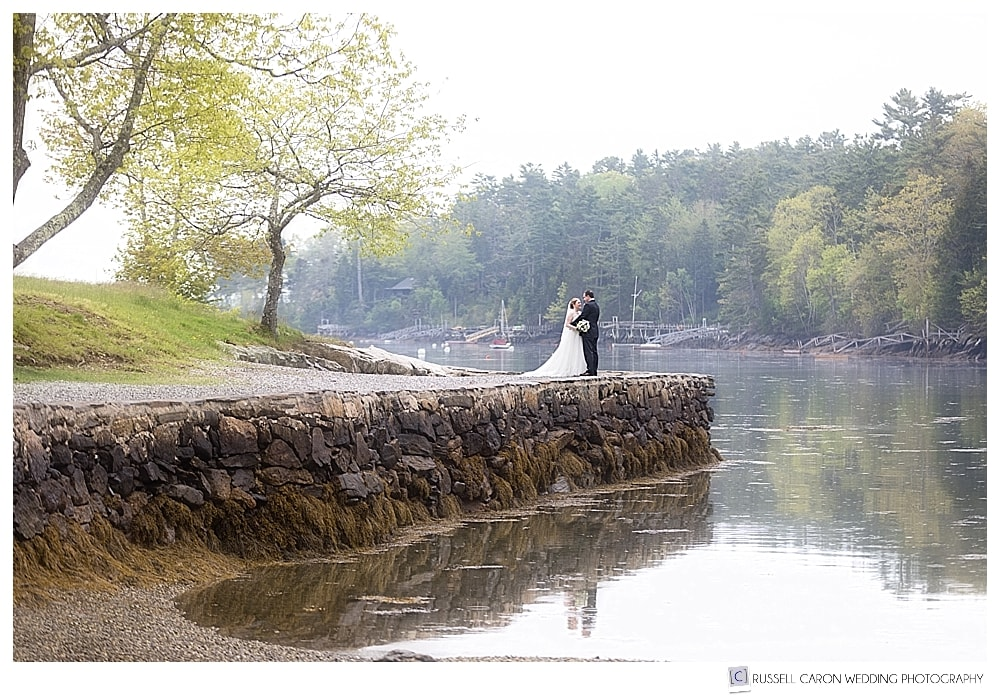 bride and groom in barrett park boothbay harbor maine