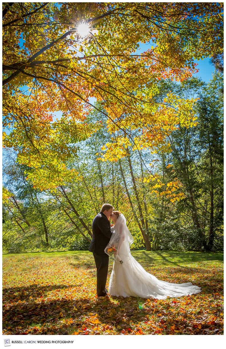 bride-and-groom-in-kennebunkport-maine