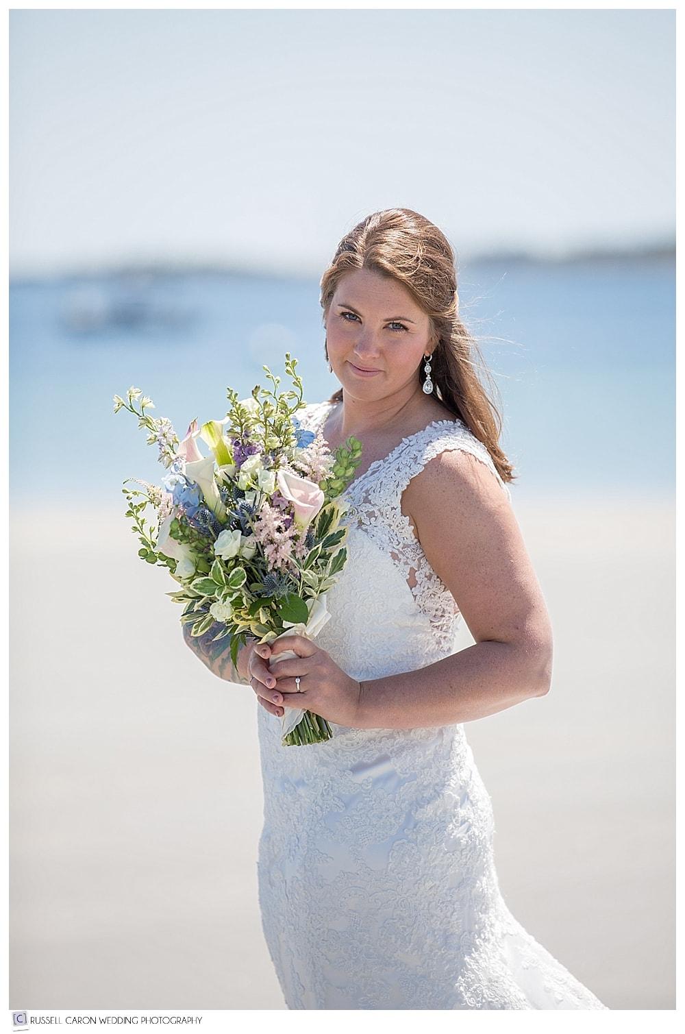 bridal-portrait-on-the-beach