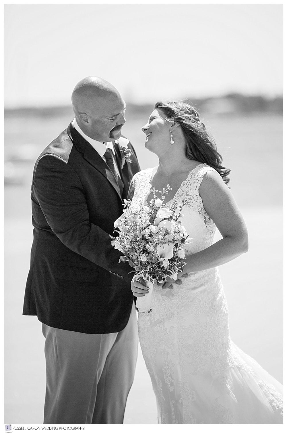bride-and-groom-on-the-beach