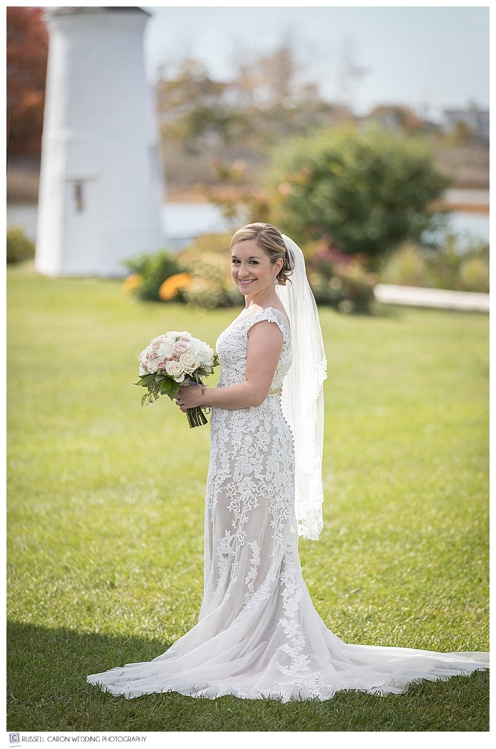 bridal portrait on the lawn at the Nonantum Resort, Kennebunkport Maine