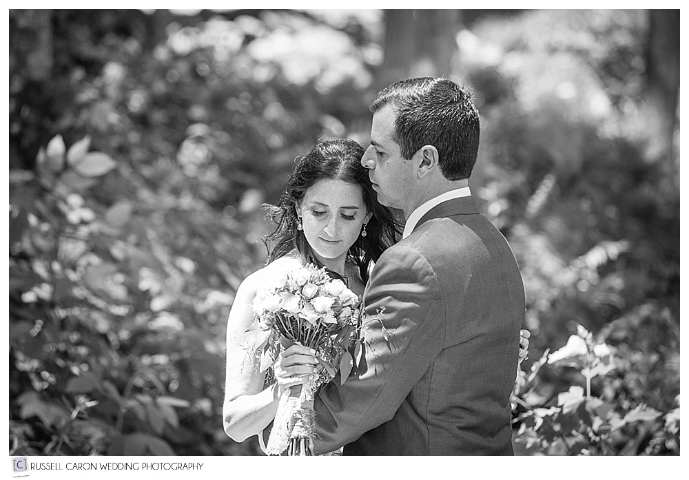 bride-and-groom-during-quiet-moment