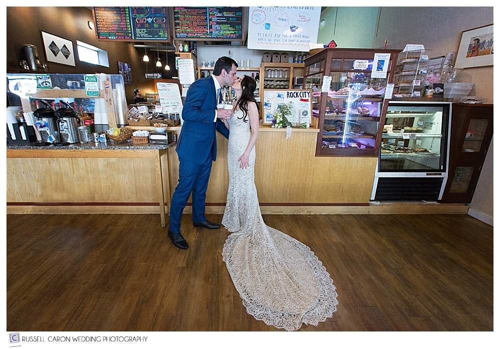 bride-and-groom-at-rock-city-cafe-rockland-maine