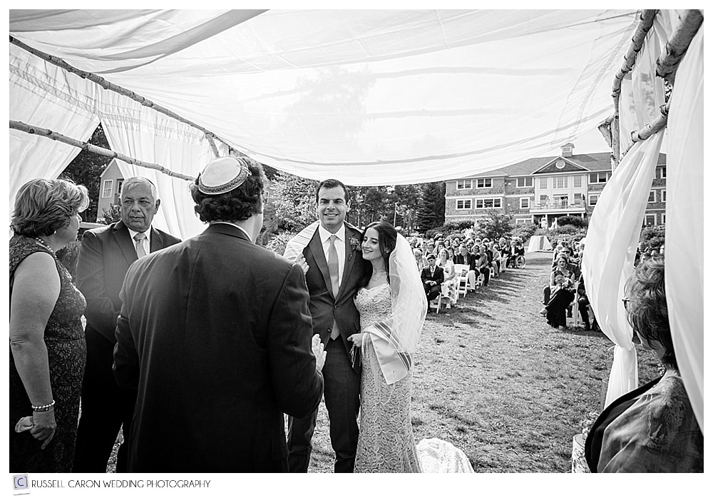 bride-and-groom-during-wedding-ceremony