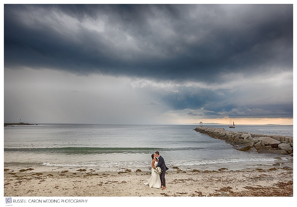 bride and groom at colony beach kennebunkport maine