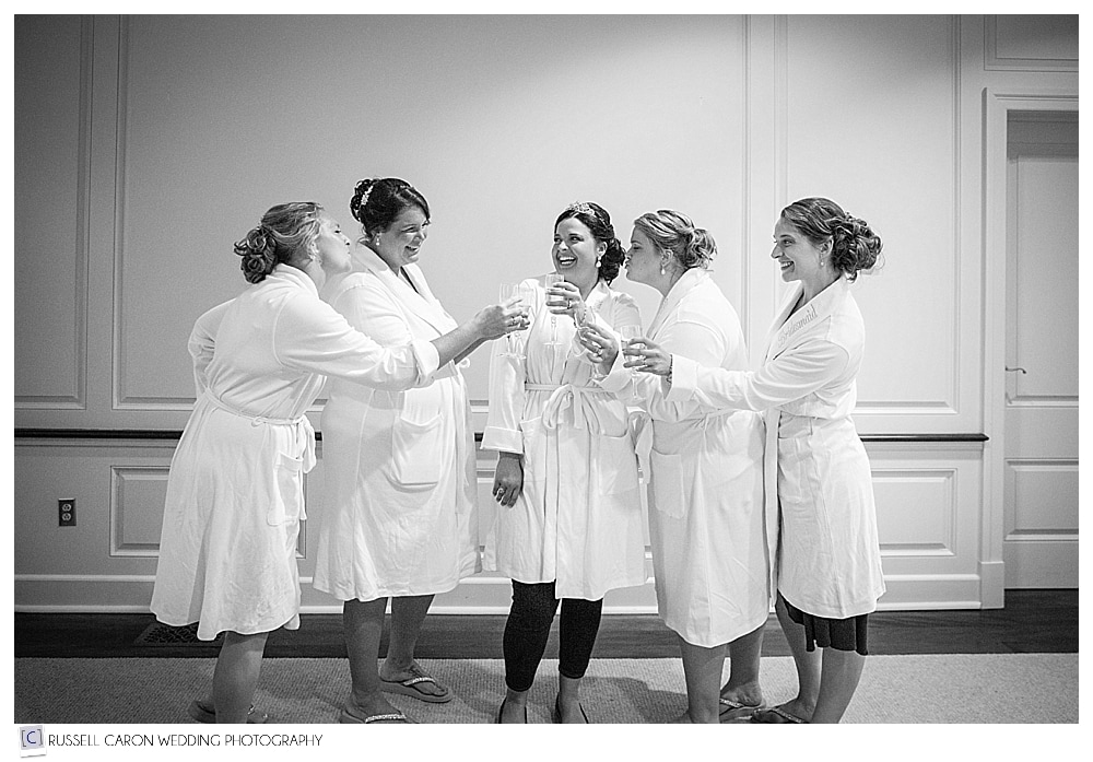 bride-and-bridesmaids-in-robes