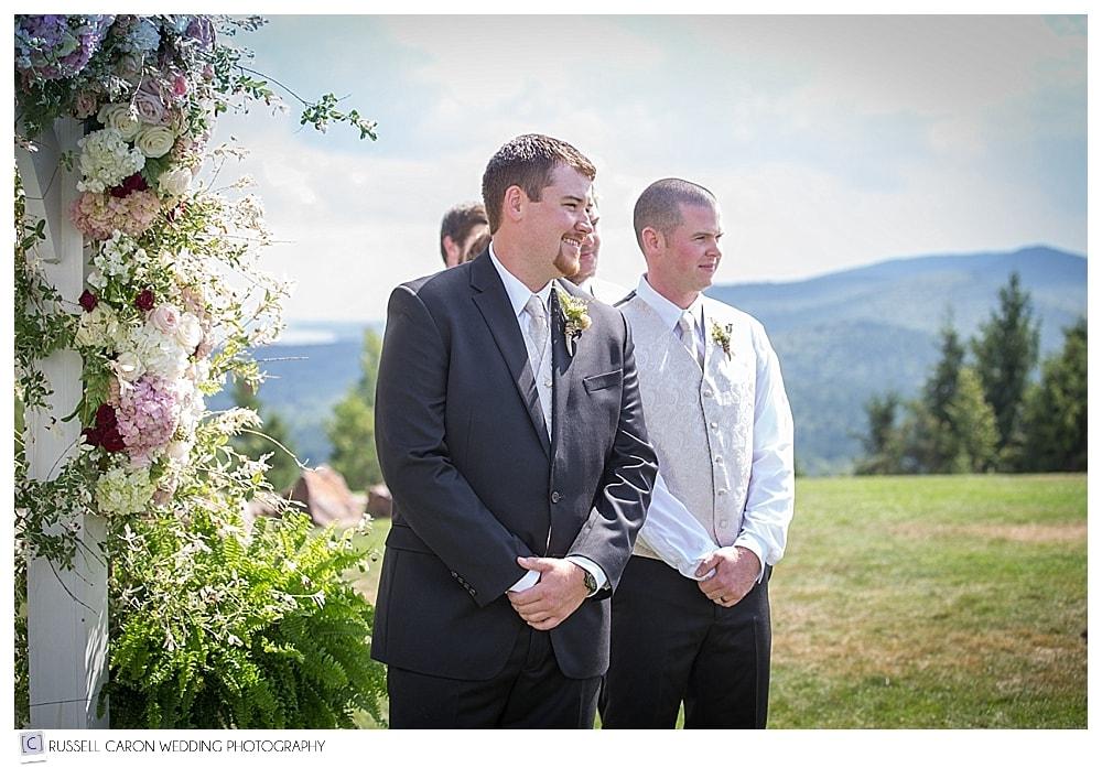 groom-and-groomsmen-before-ceremony