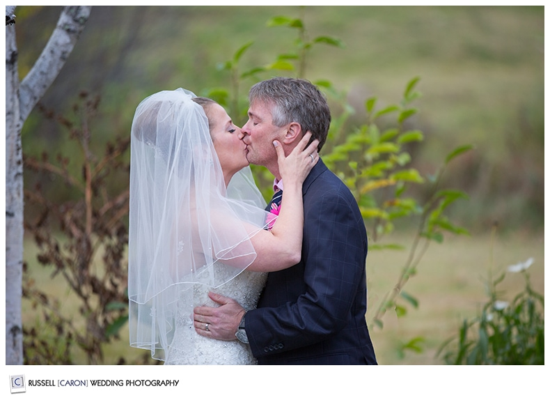 Maine photographer first kiss photo