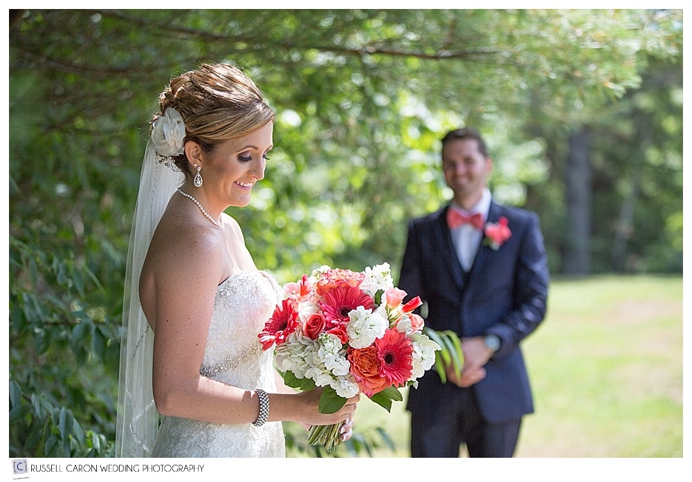 bridal-portrait-with-groom-watching