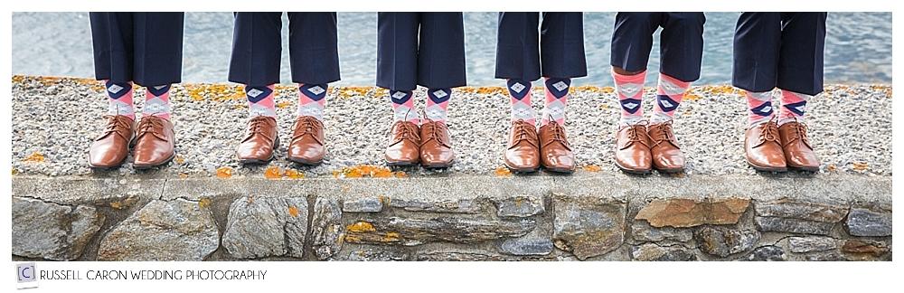 groom-and-groomsmen's-argyle-socks