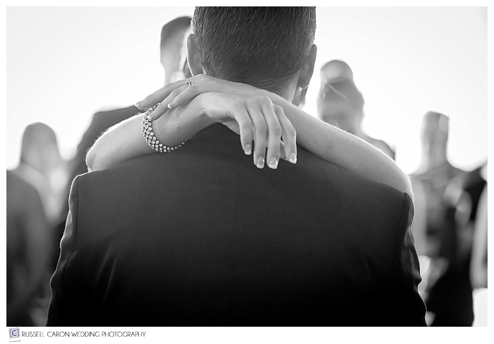 bride-and-groom's-first-dance