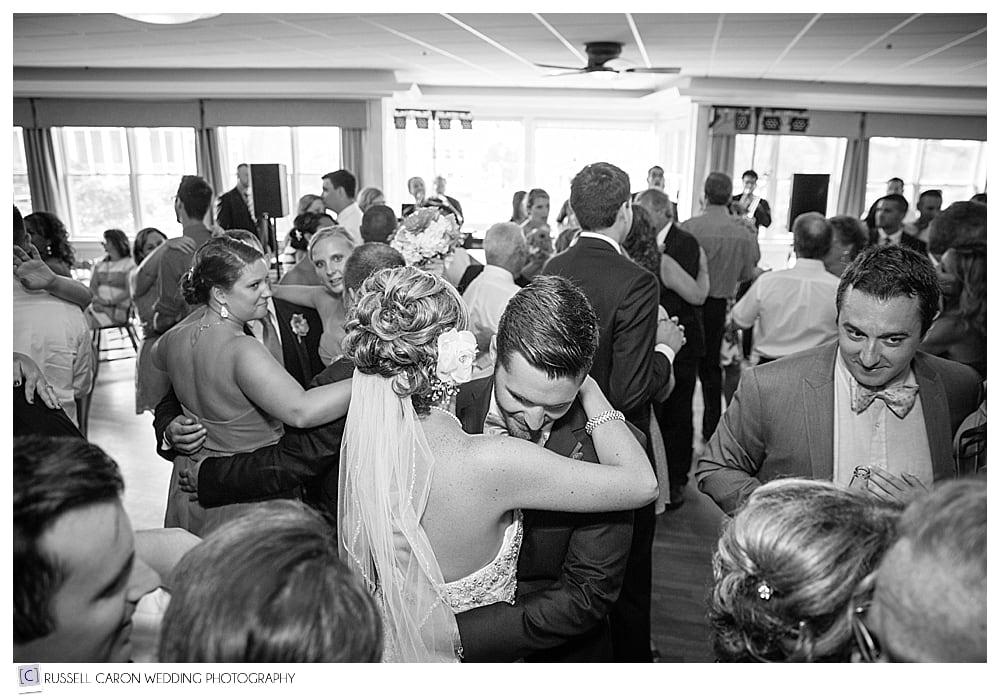 bride-groom-and-guests-dancing