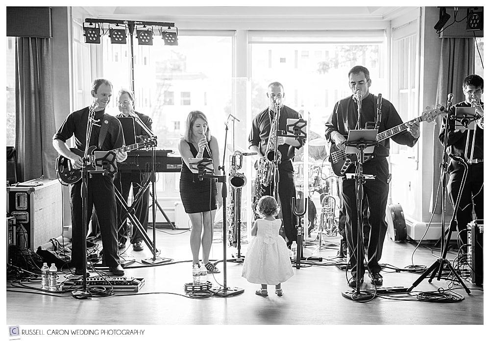 larry-william's-band-at-sebasco-resort-weddings