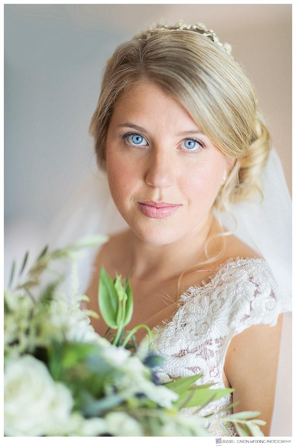 beautiful blue-eyed bridal portrait