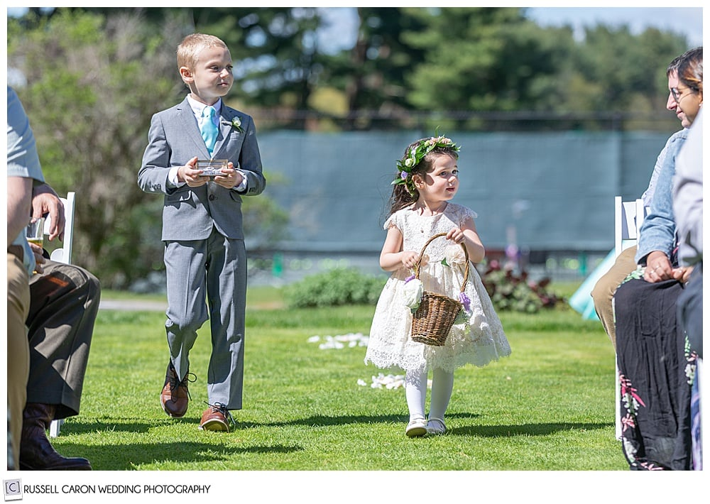 flower girl and ring bearer walking down the aisle at the York Golf and Tennis Club, York Maine wedding