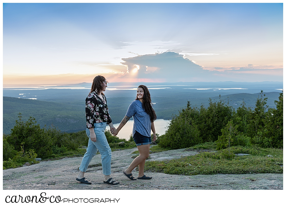 Acadia-national-park-proposal-bar-harbor-maine-wedding-photography-team