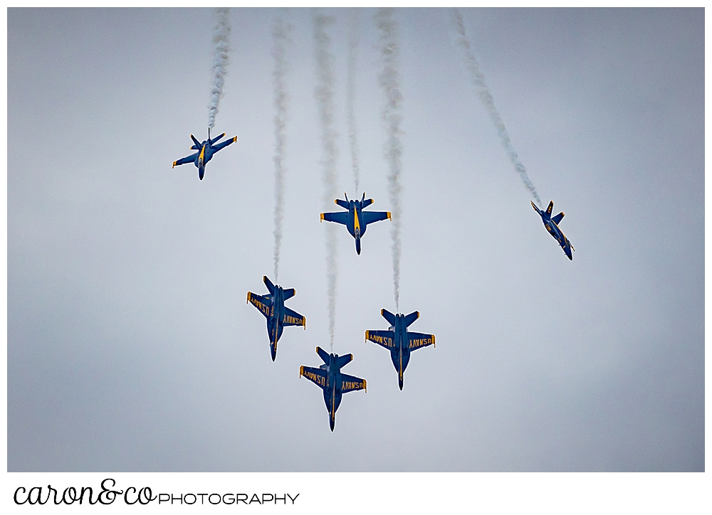 the us navy blue angels, 6 planes headed straight down in a cloudy sky